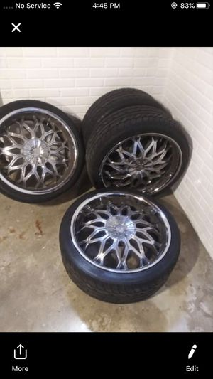 Tires w/ rims for Sale in Davenport, IA