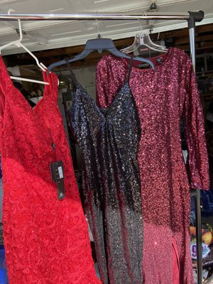 Prom dresses for Sale in Palmdale, CA