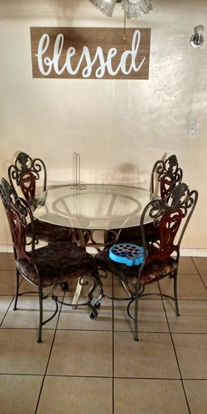 Class table and desk for Sale in Bakersfield, CA