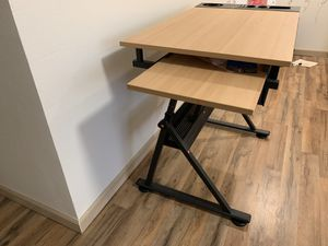 Computer table computer 💻 for Sale in Bellevue, WA