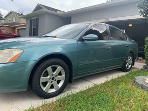 Nissan altima for Sale in Riverview, FL