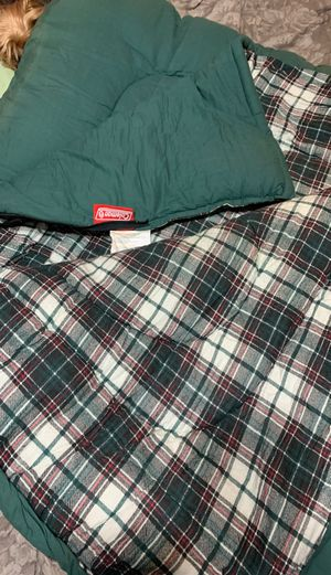 Coleman king size Hollofill sleeping bag for Sale in Allentown, PA