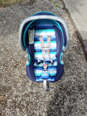 Safety 1st baby car seat and stroller for Sale in Tacoma, WA