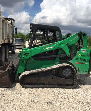 BOBCAT AND DUMP TRUCK for general work... for Sale in Hialeah, FL