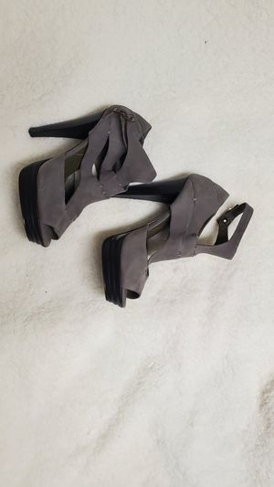 NEW heel shoes size 7 1/2 for Sale in Valley Stream, NY