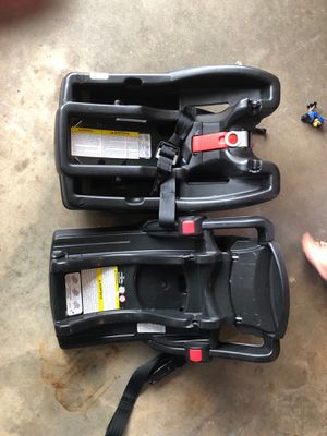 Click connect Graco Car seat bases for Sale in Jamul, CA