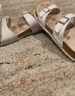 Birkie's Shoes for Sale in Carmel,  IN