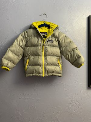 Patagonia Hi Loft Down Jacket 12-18 M for Sale in Phoenix, AZ
