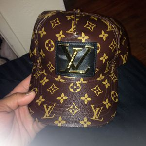 Louis Vuitton Haag for Sale in San Diego, CA