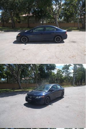 Honda Civic. Manual. Save gas!!! for Sale in Hollywood, FL