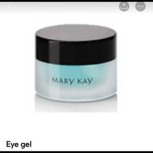 Mary Kay Eye Gel for Sale in Selma, AL