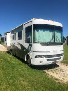 2005 R Vision Class A 28 foot Motorhome for Sale in Westford, PA