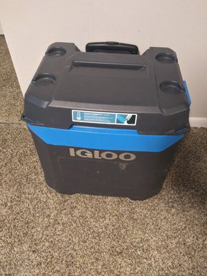 Igoo cooler for Sale in FAIRMOUNT HGT, MD