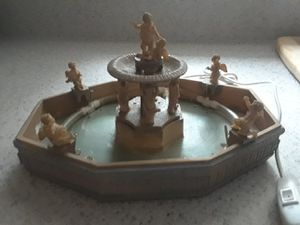 Lemax Lighted Village Fountain for Sale in Orlando, FL