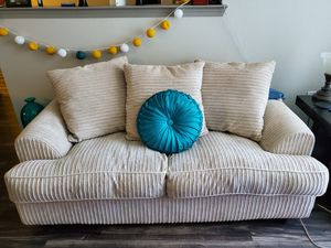 Sofa Sleeper Love seat. for Sale in Dallas, TX