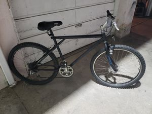 G.T Men's Mountain Bike for Sale in Huntington Park, CA