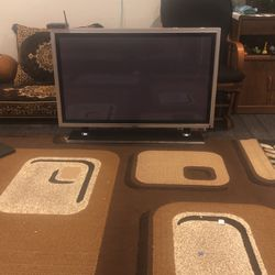 Tv 42Size for Sale in Union City,  CA