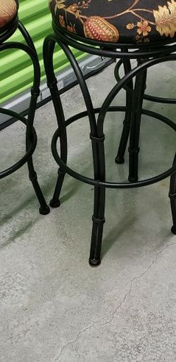 Set Of 3 Barstools for Sale in Portland,  OR