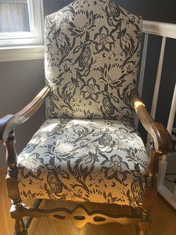 Vintage Upholstered Chair for Sale in Redwood City,  CA