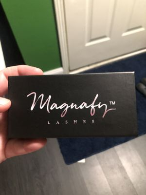 Magnify lashes and liner for Sale in Indianapolis, IN