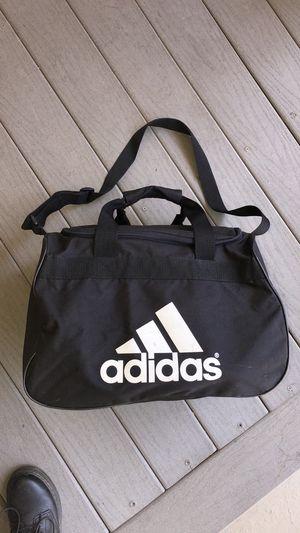 Adidas duffle bag for Sale in Sacramento, CA