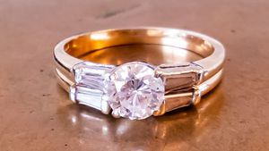 Wedding/Engagement Ring Set for Sale in Federal Way, WA