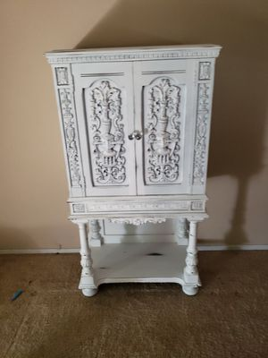 Antique refinished radio cabinet for Sale in Madera, CA