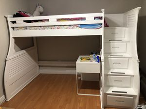 Bunk Bed - twin/full for Sale in Miami, FL