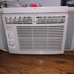WORKING AC UNIT for Sale in New York, NY