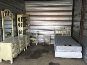 7 piece Dixie Cabaret bedroom set for Sale in Falls Church, VA