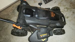 Black & Decker 40v electric lawn mower for Sale in Nicholasville, KY