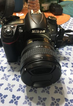 Nikon d7000 with 18-70 lens for Sale in Downey, CA