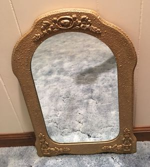 Vintage mirror with floral pattern for Sale in Wilson, KS