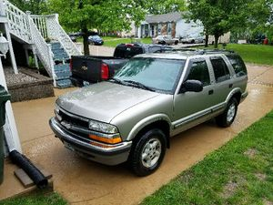 MUST SELL!! 1999 Chevy Blazer S10 for Sale in Byrnes Mill, MO