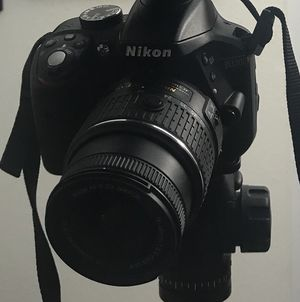 Nikon D3300 DSLR with lenses for Sale in Tampa, FL
