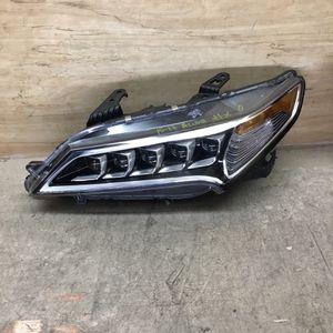 2015-2017 Acura TLX Driver Side Headlight for Sale in San Bernardino, CA