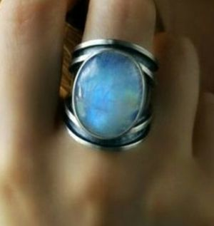 Vintage 925 Sterling Silver Natural Rainbow Moonstone Ring for Sale in Wichita, KS