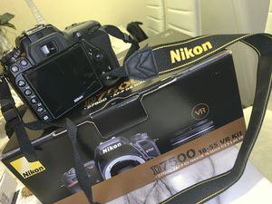 Nikon D7500 for Sale in Portland, OR
