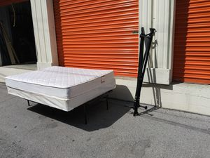 Used full sz mattress and box spring for Sale in Nashville, TN