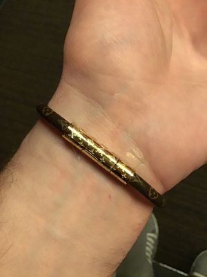 Louis Vuitton Keep It Bracelet Leather BRAND NEW $400 retail Gucci for Sale in Portland, OR