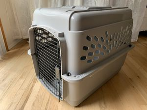 """Pet Kennel Large by Petmate 32"""" x 22.5"""" x 24"""" for Sale in Gig Harbor, WA"""