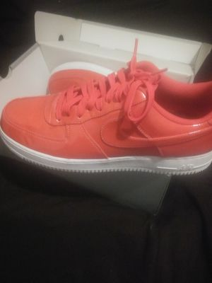 Hot Pink Size 11 for Sale in Kissimmee, FL