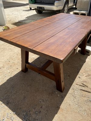Solid wood table 6x3ft for Sale in Chula Vista, CA