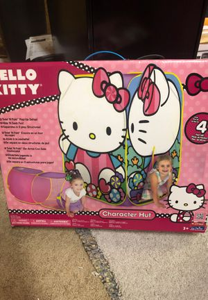 Hello Kitty 2 piece pop up tent and crawl through area! Excellent condition and in box. Only used once! for Sale in Virginia Beach, VA