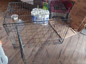 Medium dog cage for Sale in Columbus, OH