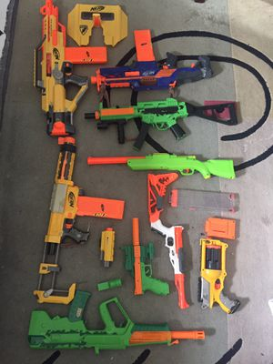 Lot of assorted toy Nerf guns for Sale in Rialto, CA