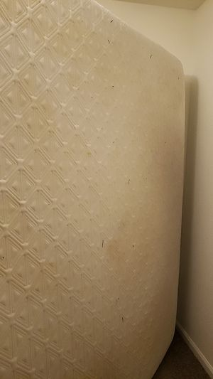 Queen size memory foam mattress for Sale in Phoenix, AZ