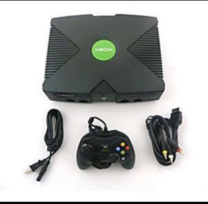Original Microsoft Xbox Vintage Gaming Console and Controller for Sale in Lake Forest Park, WA