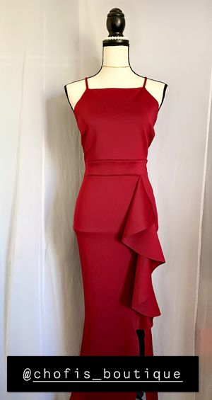 WOMENS CLOTHES AND PROM AND GOWN DRESSES for Sale in Downey, CA