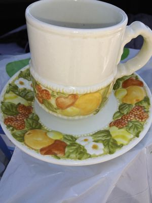 Vintage dinner ware for Sale in Alhambra, CA